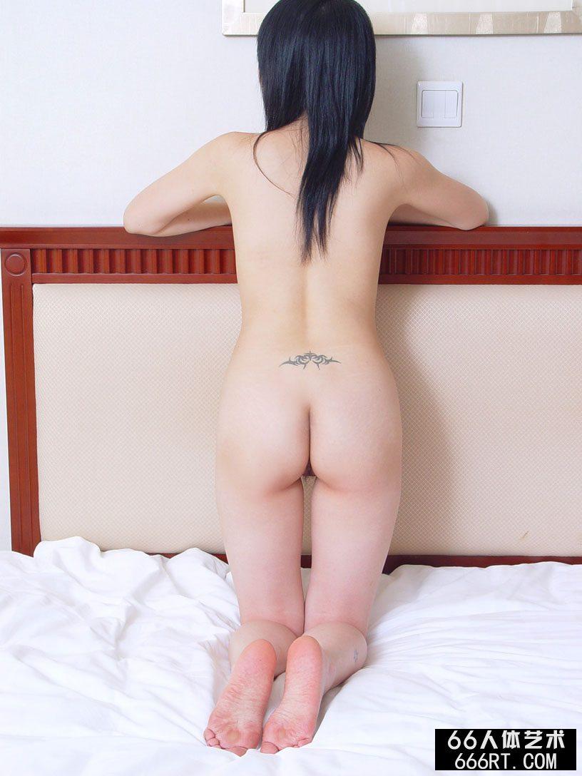 美模左玲06年6月28日酒店室拍
